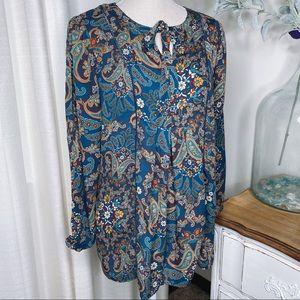 Boho Vintage America blue printed blouse.